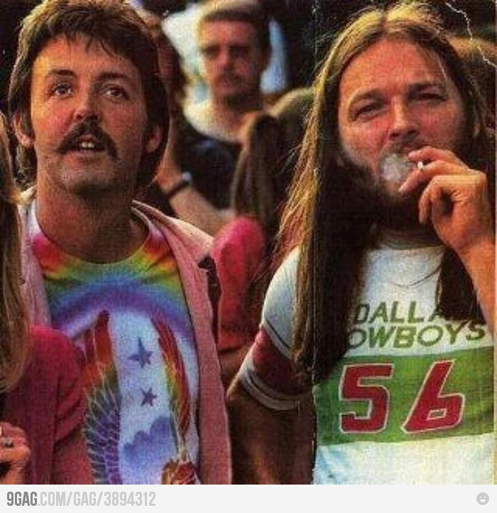 paul-mccartney-and-david-gilmour-on-a-le
